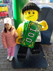 ABC Dad Legoland Cara Robber