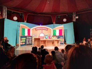 ABC Dad Cara Twirlywoos Live stage